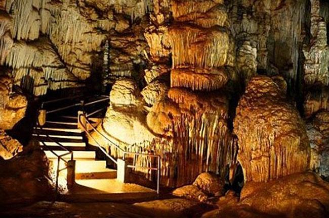 Mitchelstown Caves activities
